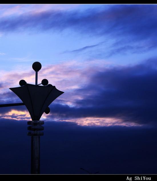 宜州-黄昏入暮-城市掠影 宜州-黄昏入暮 宜州-黄昏入暮 宜州-黄昏入暮 上一个风景图片: 肯尼